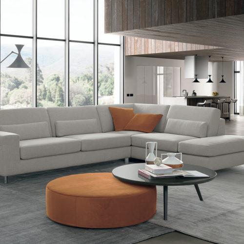 Distinto divano Febal Salento