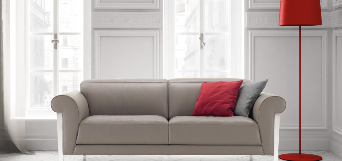 Nicoline divani e letti dal catalogo 2015 abitare pesolino for Modelli divani